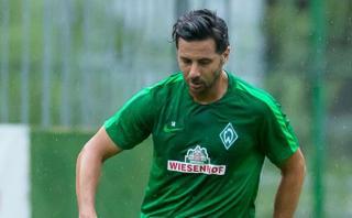 Claudio Pizarro prepara la vuelta: espera jugar ante Schalke