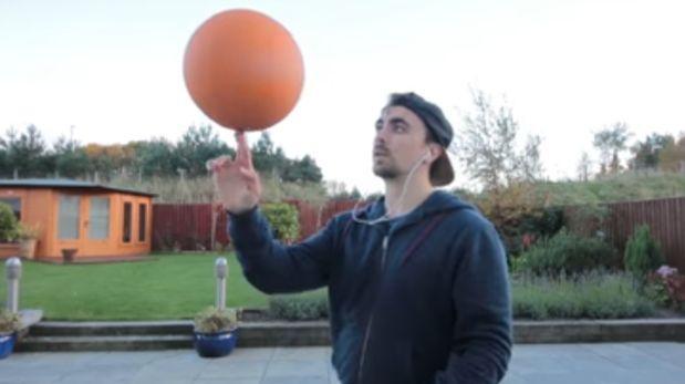 Aprende a girar un balón de básquet como profesional [VIDEO]