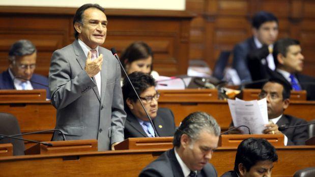 Fiscalización no citará a Castañeda por crisis en Cantagallo