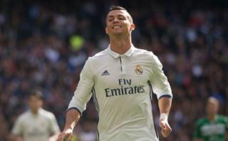 Cristiano Ronaldo no la pasa bien pero Real Madrid le renovará