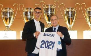 Cristiano Ronaldo renovó contrato con Real Madrid hasta 2021