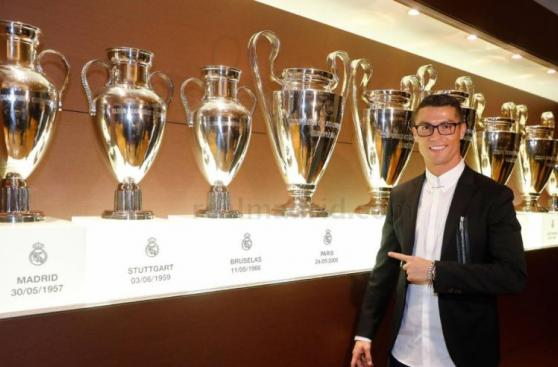 Cristiano Ronaldo: postales de su renovación con Real Madrid