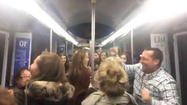 "En Metro de Madrid todos bailaron con ""La bicicleta"" de Shakira"