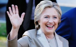 Clinton gana en la primera región en divulgar resultados
