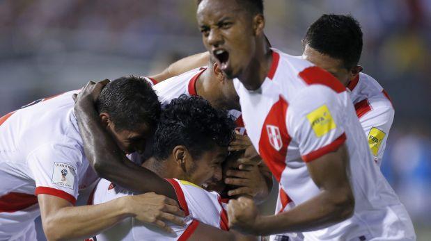 Perú goleó 4-1 a Paraguay y sigue soñando con Mundial de Rusia