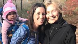 Clinton reaparece en un bosque tras aceptar derrota ante Trump