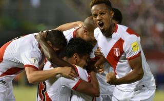 Políticos celebran triunfo de selección peruana en el Twitter