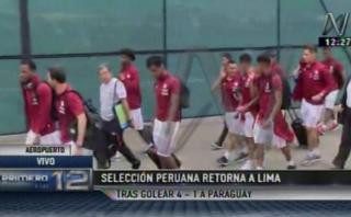Selección peruana llegó a Lima entre el aliento de los hinchas