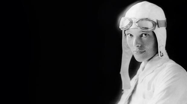 Amelia Earhart: analizan restos que podrían ser de aviadora