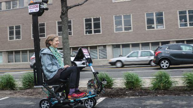 El scooter se une a la tendencia de los transportes autónomos
