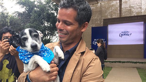 El Dr. Pancho Cavero junto a su inseparable Vaco.