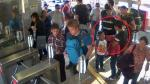 Metropolitano: pasajero recuperó S/620 que perdió en estación - Noticias de estacion ricardo palma