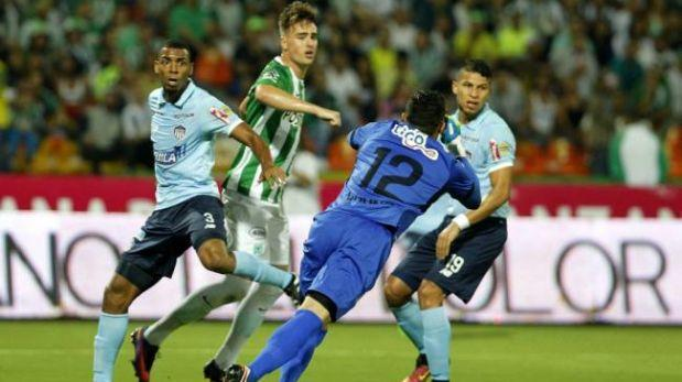 Aficionada intenta apuñalar a jugador de Atlético Nacional