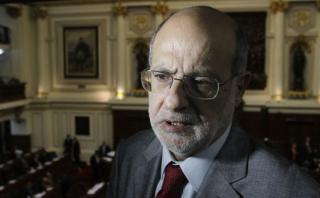 Abugattás explica por qué no fue a Comisión de Fiscalización
