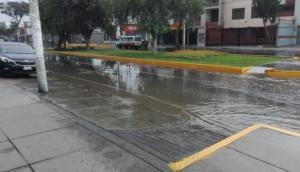 La Molina: aniego afectó a vecinos de Av. Corregidor