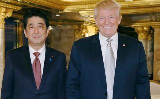 """Primer ministro de Japón: Tengo """"gran confianza"""" en Trump"""
