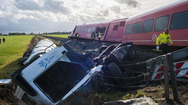 Holanda: Choque de tren y camión cisterna deja varios heridos