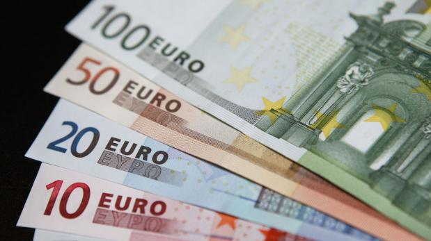 El euro a la baja, se acerca a la paridad con el dólar