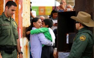 El emotivo reencuentro de familias en la frontera México-EE.UU.