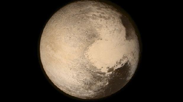 Plutón escondería un océano subterráneo