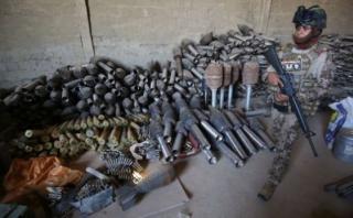 [BBC] ¿Cómo acabaron en manos de EI armas compradas por EE.UU.?