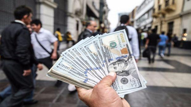 Tipo de cambio subió a S/3,425 por fortaleza global del dólar