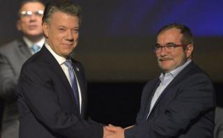 Colombia y las FARC firman nuevo acuerdo de paz