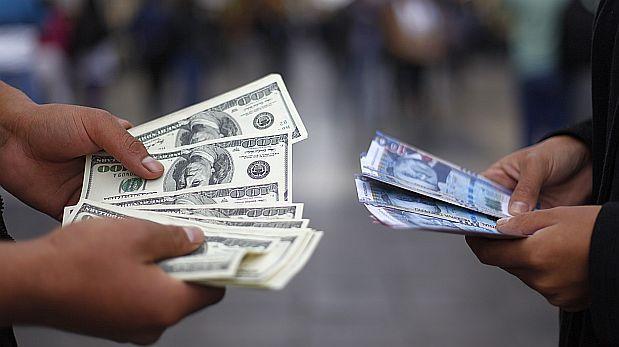 Dólar cerraría el 2017 entre S/3.55 y S/3.65, dice el BBVA