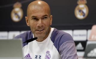 """Zidane: """"Si fuera James me quedaría en este gran club"""" [VIDEO]"""