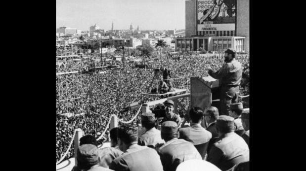 Miles de cubanos acudían a escucharlo espontáneamente en los años 60. Hacia el final de su vida había mermado notablemente el entusiasmo. (Foto: Getty Images)