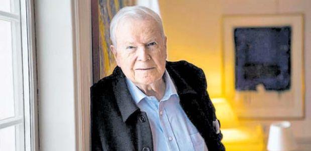 """Kjell Espmark, miembro de la Academia Sueca y autor de """"El Premio Nobel de Literatura. Cien años con la misión"""", un libro indispensable para tener una idea de las distintas etapas en la historia del galardón. (Foto: AFP)"""