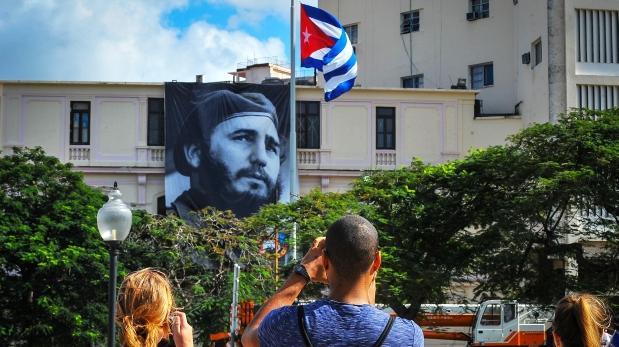 Murió Fidel: Turistas se convierten en testigos de la historia