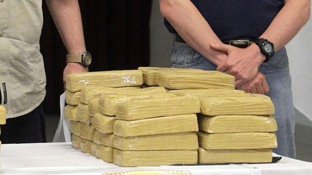 Argentina: Caen 2 peruanos con 221 kilos de cocaína en un bus