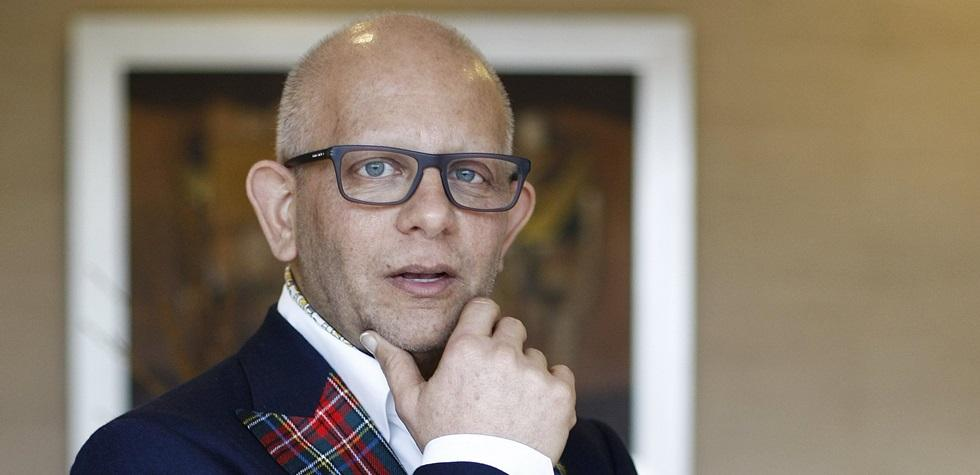 Falleció el destacado diseñador peruano
