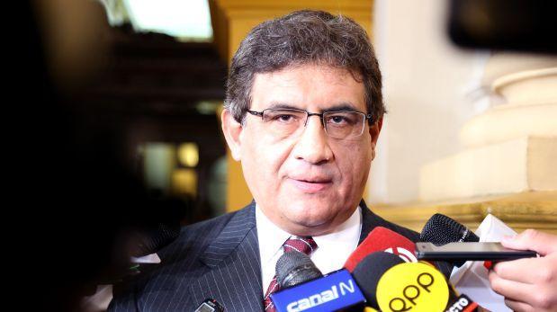 Sheput dice que González pagó su error con renuncia al Mindef