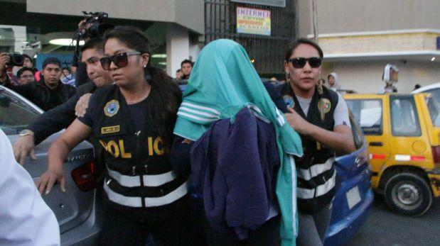 Detienen a funcionaria de Sunat cuando recibía presunta coima