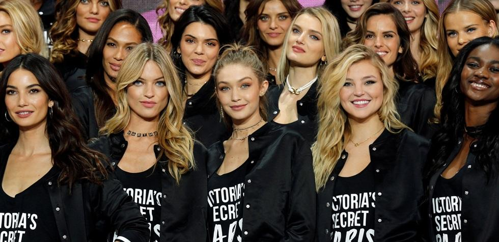 Las mujeres más bellas del mundo en París