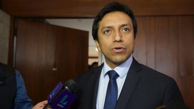 Violeta: Mariano Gonzáles se mantiene como parlamentario andino
