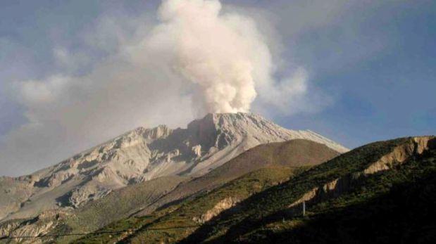 Arequipa: Se registró nueva explosión del volcán Sabancaya