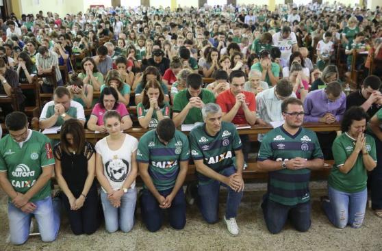 La multitudinaria misa en memoria a las víctimas de Chapecoense