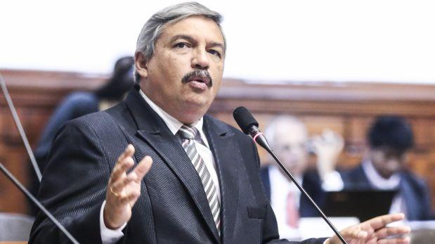 """Alberto Beingolea: """"El PPC ha sido secuestrado por Raúl Castro"""""""