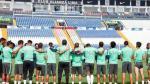 Alianza Lima: plantel guardó minuto de silencio por Chapecoense - Noticias de estadio alejandro villanueva