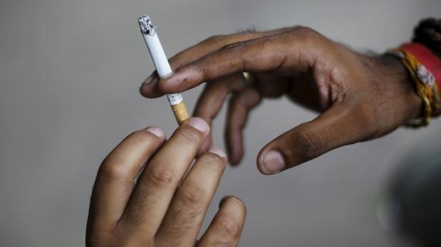 ¿Fumas y tienes menos de 50? Tienes riesgo de ataque cardíaco