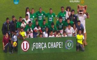 Universitario de Deportes también rindió homenaje a Chapecoense