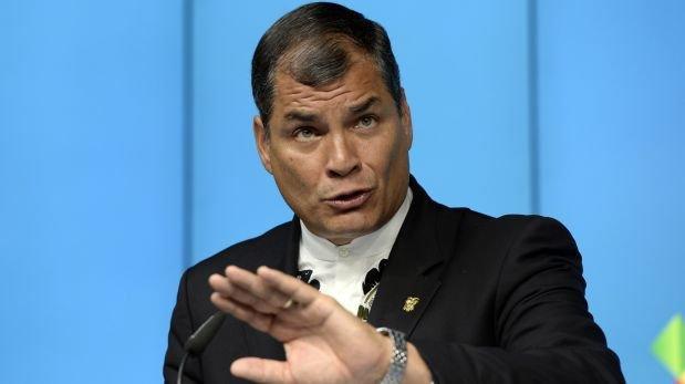 Ecuador: Rafael Correa pide renuncia de todos sus ministros