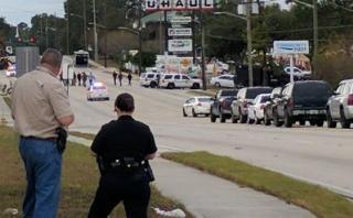 Florida: 11 personas fueron tomadas rehenes en asalto a banco