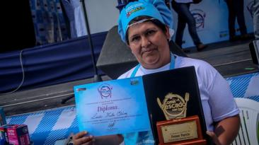 La carretilla de Lucía Tinta y su galardonado plato con pescado