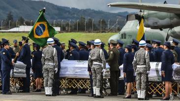 Chapecoense: Víctimas de la tragedia son repatriadas [FOTOS]