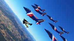 El alucinante viaje en jetpack con la Fuerza Aérea de Francia