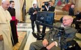 Stephen Hawking fue dado de alta de hospital en Italia